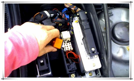 Bmw E32 연료펌프 / 체크밸브 관련